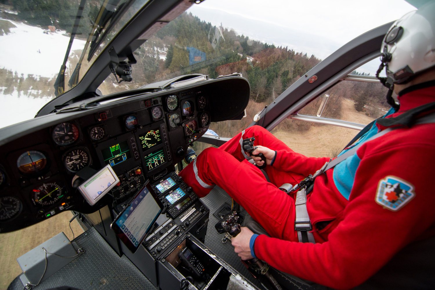 HEMS navigation and coordination system